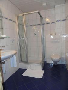 Ein Badezimmer in der Unterkunft Gasthof Sonne