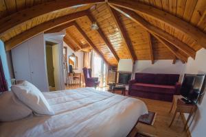Ένα ή περισσότερα κρεβάτια σε δωμάτιο στο Horizon Hotel