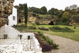 Jardín al aire libre en Cuevas del Pino Turismo Rural y Emocional SL