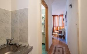 A bathroom at Sweet Dreams Apartments