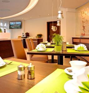 Ein Restaurant oder anderes Speiselokal in der Unterkunft Hof31