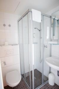 A bathroom at Senator Hotel