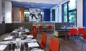 A restaurant or other place to eat at Lindner Hotel & Sports Academy