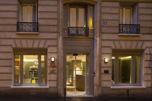 A fachada ou entrada em Hôtel Sophie Germain