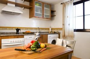 A kitchen or kitchenette at Casa Palacio Luna