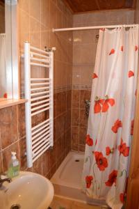 A bathroom at Guest House Magones