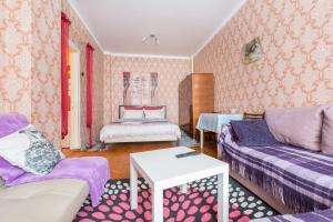 A seating area at Kalina Express Apartment Sheremetyevo