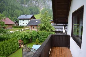 A balcony or terrace at Pear Tree House