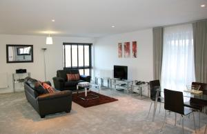 A seating area at Roomspace Serviced Apartments - The Residence