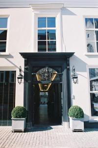 The facade or entrance of Bliss Boutique Hotel