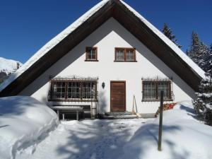 Chalet Atelier during the winter