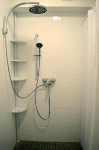 """Ein Badezimmer in der Unterkunft Ferienwohnung """"Ela"""""""