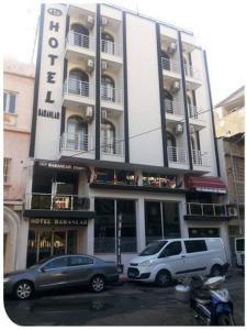 The facade or entrance of Baranlar Hotel