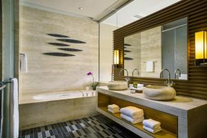A bathroom at Raffles Hainan