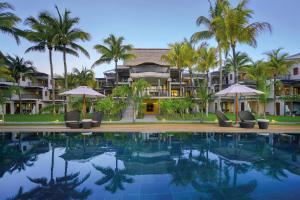 Бассейн в Royal Palm Beachcomber Luxury или поблизости