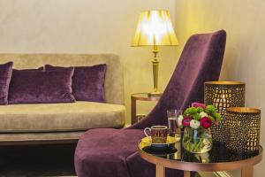 A seating area at Meroddi Bagdatliyan Hotel
