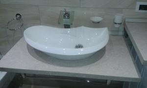 A bathroom at Azalea
