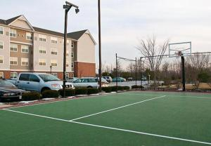 Tennis and/or squash facilities at Residence Inn Neptune at Gateway Center or nearby