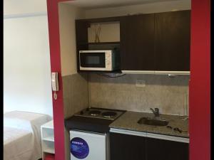 A kitchen or kitchenette at Estudio San Lorenzo