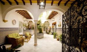 The lobby or reception area at Los Helechos