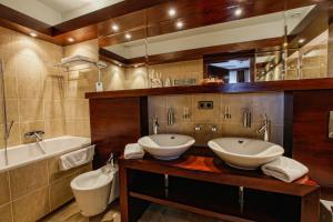 Łazienka w obiekcie Hotel Rodan-Groklin