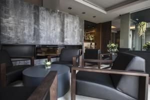Ein Restaurant oder anderes Speiselokal in der Unterkunft Vincci Mercat