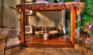 A seating area at Deja Vu Palm Cove