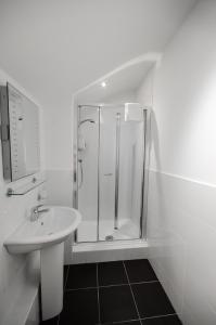 Salle de bains dans l'établissement Argyll Western Hotel