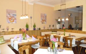 A restaurant or other place to eat at Gasthaus Forelle