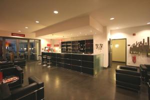 The lobby or reception area at Ferrotel Duisburg - Partner of SORAT Hotels