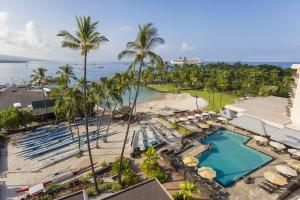 A view of the pool at Courtyard by Marriott King Kamehameha's Kona Beach Hotel or nearby