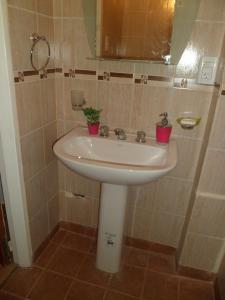 A bathroom at Apartment Alvarado