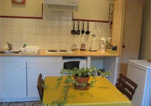 A kitchen or kitchenette at Moliere