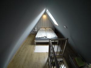 Łóżko lub łóżka w pokoju w obiekcie Studio Stroma Zakopane