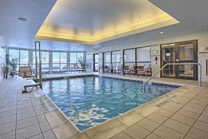 The swimming pool at or near Courtyard by Marriott Harrisburg West/Mechanicsburg