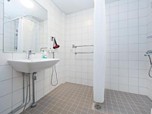 A bathroom at Omena Hotel Helsinki City Centre