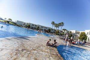Piscina en o cerca de Vincci Resort Costa Golf