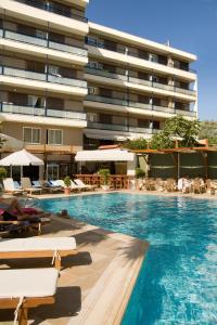 Piscina di Best Western Plus Hotel Plaza o nelle vicinanze