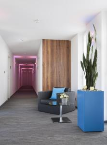 A seating area at Best Western Hotel am Europaplatz