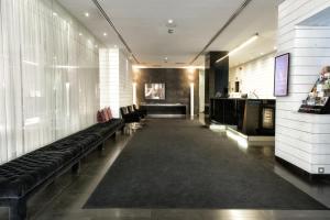 The lobby or reception area at Zenit Conde de Orgaz
