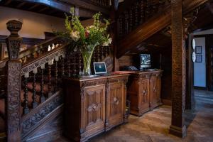 The lobby or reception area at Hillbark Hotel & Spa