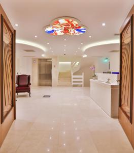 The lobby or reception area at Arnna Hotel
