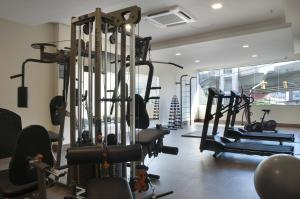 The fitness centre and/or fitness facilities at Master Express Dom Pedro II - Aeroporto