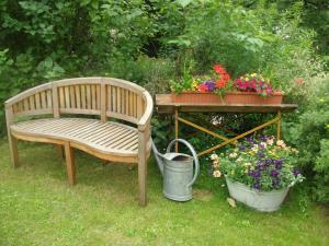 Ein Garten an der Unterkunft Landferienhaus Pension Erika