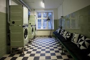 A kitchen or kitchenette at Urban House Copenhagen by MEININGER