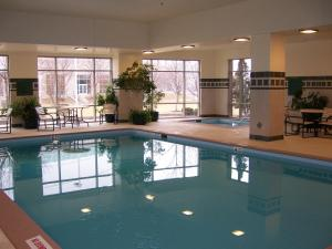 The swimming pool at or near Radisson On John Deere Commons Moline