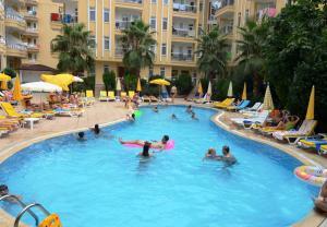 Гости Artemis Princess Hotel
