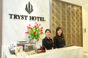 The lobby or reception area at Tryst Hotel