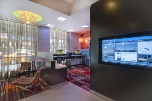 A restaurant or other place to eat at Courtyard by Marriott Times Square West