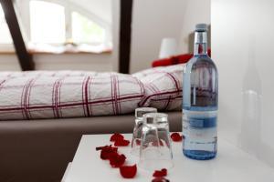 Getränke in der Unterkunft Pension Altes Burghotel